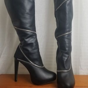 Knee high black stiletto boots 8.5